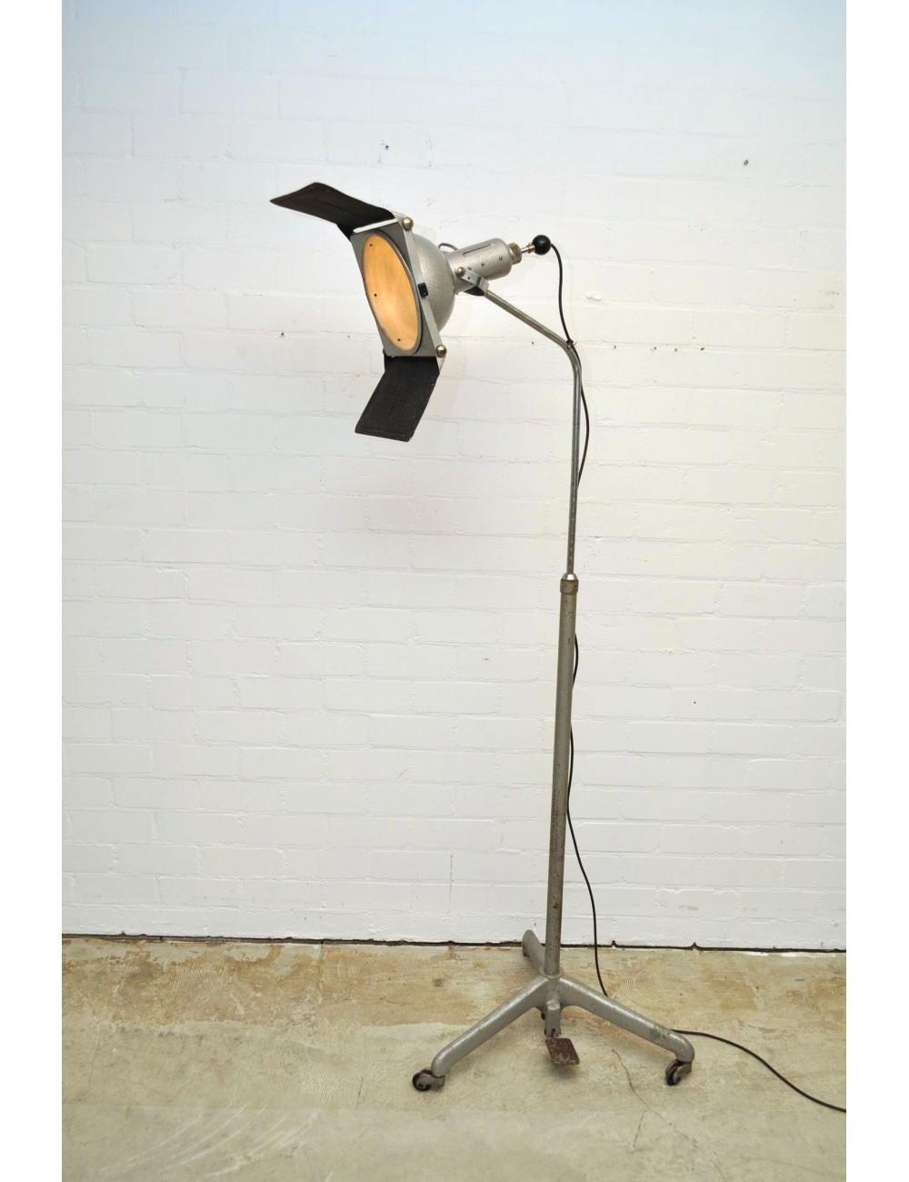 Studiolamp 1